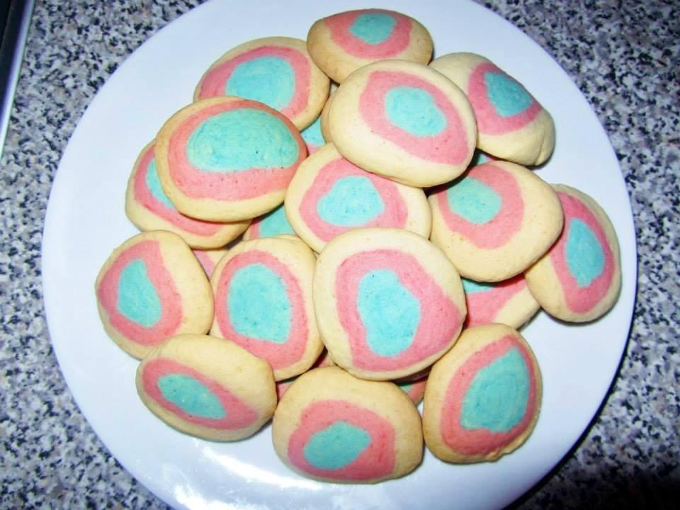 multi coloured cookies